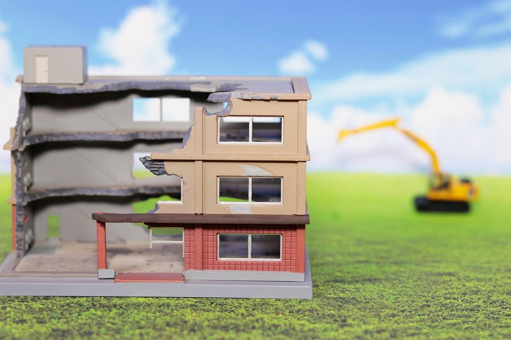 内装解体の際の補修工事はどんな業者に依頼するべき?